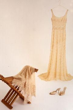 Vintage look for your wedding, beautiful antique gold wedding dress, simple and gorgeous