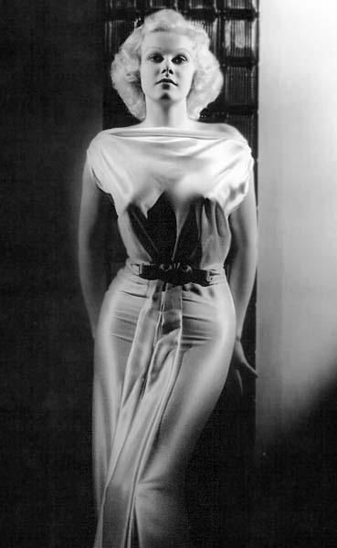 Jean Harlow in a bias cut body-hugging wedding dress silhouette