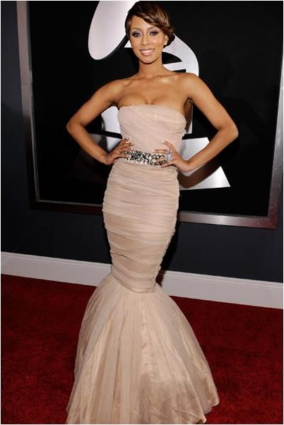 Keri Hilson was stunning at the Grammys, in her strapless mermaid style gown