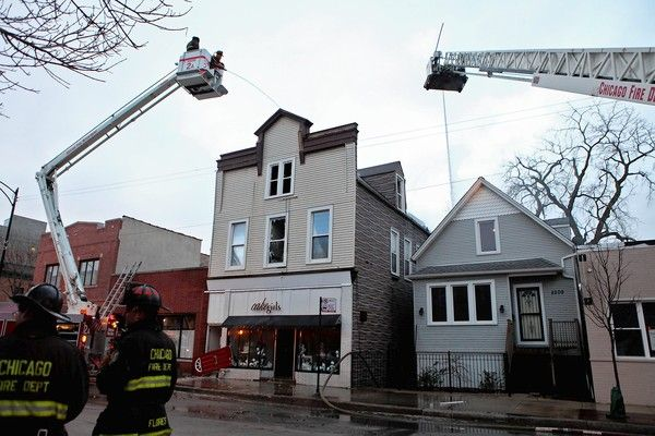 Chicago's famous Cakegirls bakery falls victim to a devastating fire