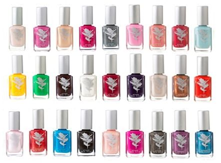 All natural nail polish that is perfect for expectant bridesmaids and little flower girls