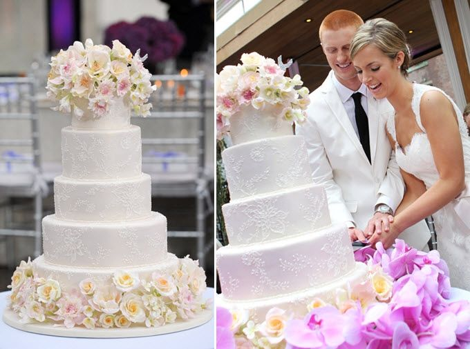 Beautiful 4tier Round Wedding Cake For Today Show Wedding Couple  Traditional Round Four Tier ...