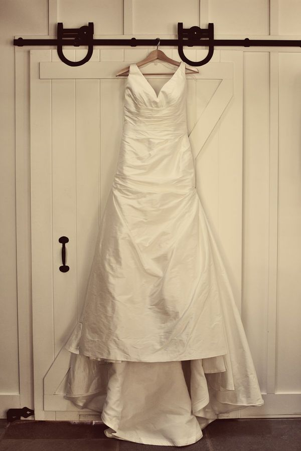Keep your treasured white wedding dress stain-free with these simple tips