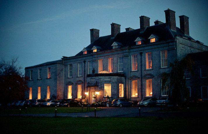 Magnificent castle wedding venue in Ireland