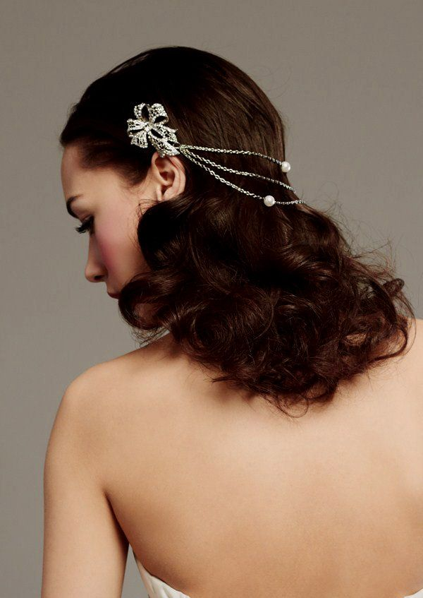 Antique-inspired rhinestone hair jewels to adorn your wedding hairstyle