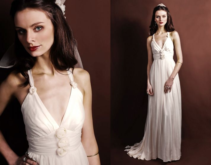 V-neck romantic ivory wedding dress with rosette applique