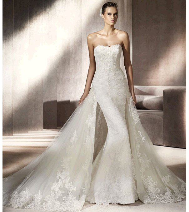 Chic ivory lace mermaid strapless wedding dress from Pronovias' 2012 bridal collection