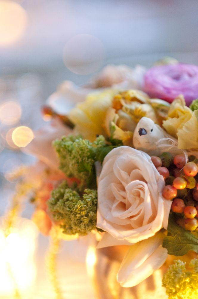 Soft, romantic wedding flowers at outdoor Las Vegas spring wedding