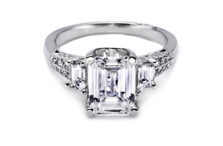 tacori-diamond-engagement-ring-celebrity-engagements-kim-kardashian