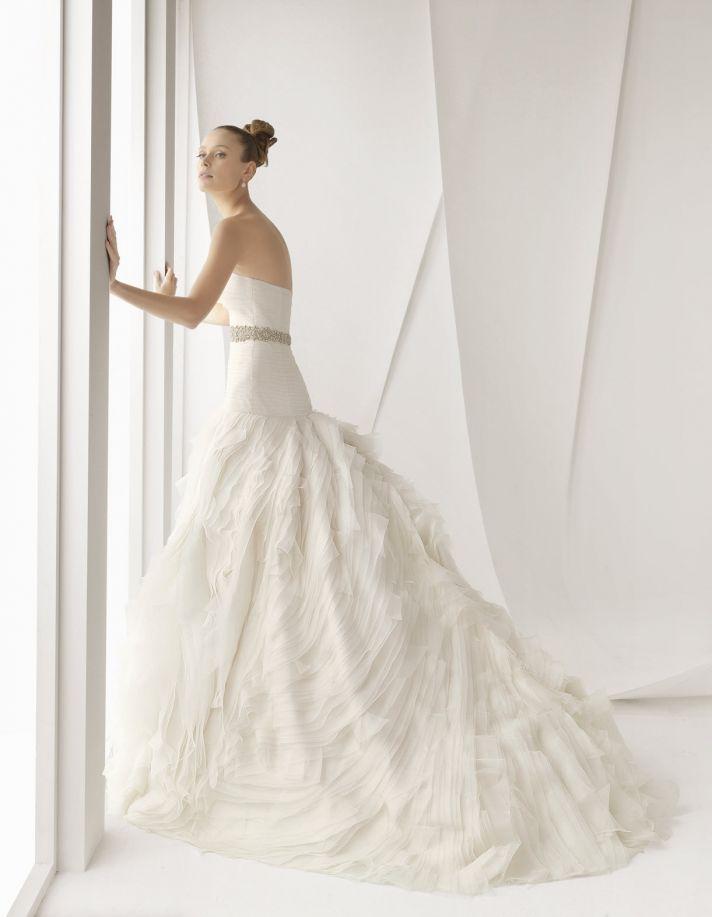 Rosa Clara wedding dresses Spring 2012 Alcauntara