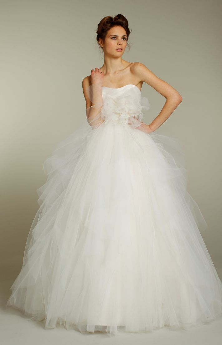 Romantic fall 2011 wedding dresses by blush onewed for Tulle halter wedding dress