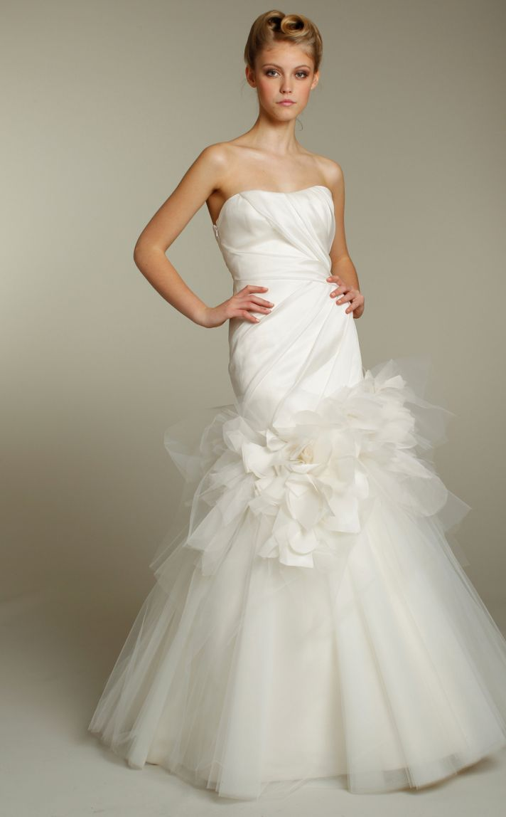 Romantic ivory strapless tulle mermaid wedding dress by Jim Hjelm