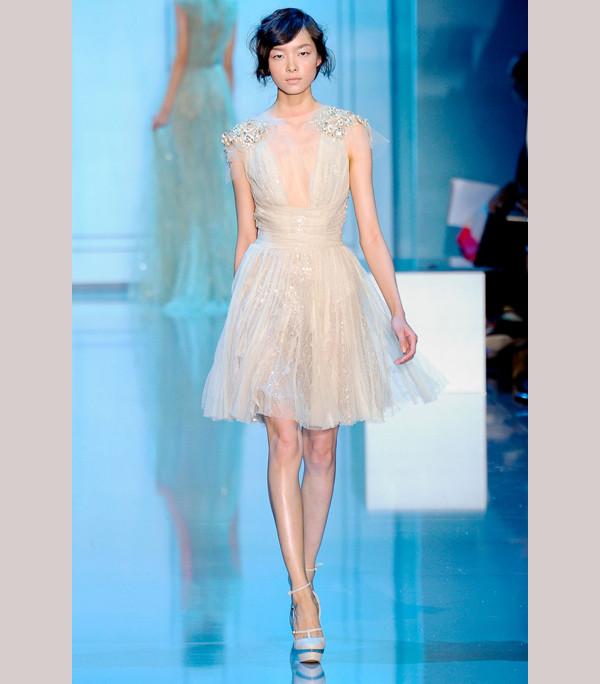 Vneck Elie Saab wedding dress Credit Gorgeous Elie Saab gowns