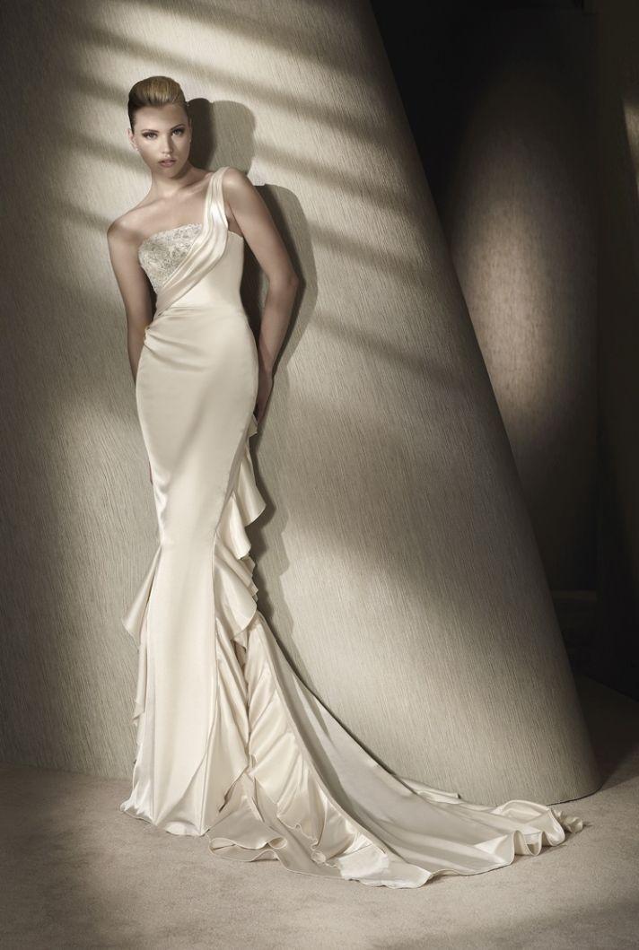 San Patrick wedding dress, 2012 collection.