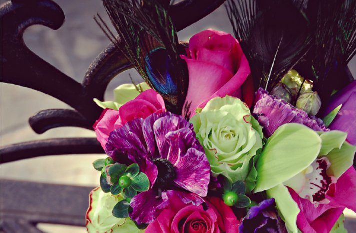 wedding-flowers-purple-pink-statement-bridal-bouquet