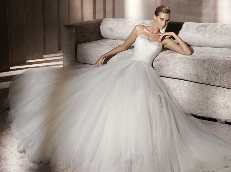 2012 Pronovias wedding dress with featherembellished neckline