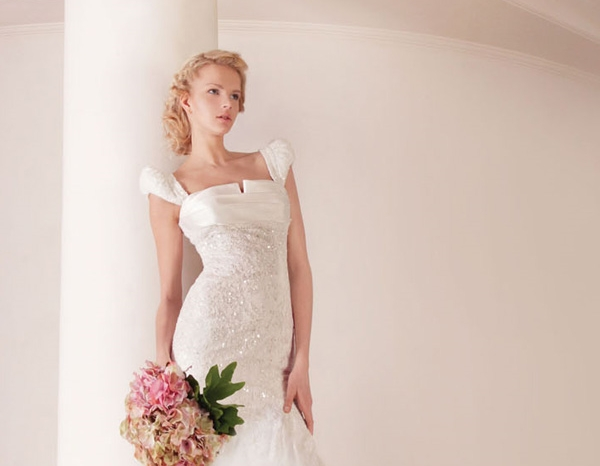 wedding-dresses-with-sleeves-2011-beading-bridal-gown