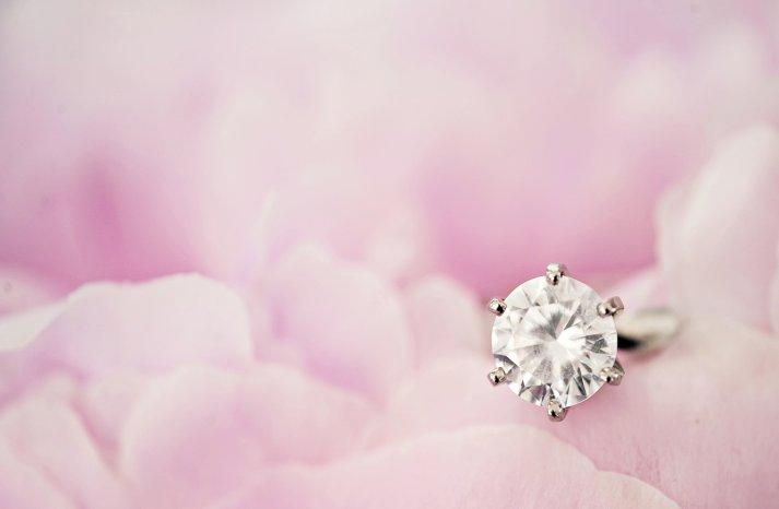 Engagement-ring-wedding-jewelry-1