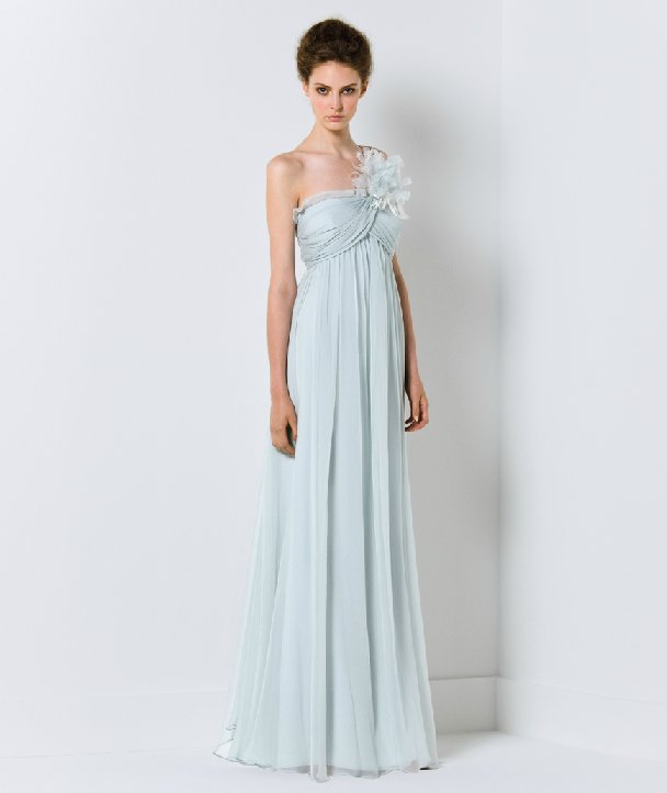 Light blue wedding dress with one-shoudler neckline