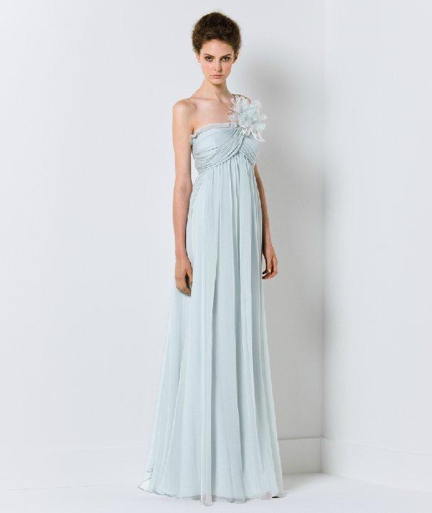 Light blue wedding dress with one-shoudler neckline