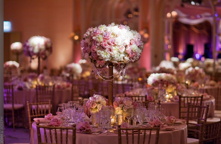 Jkh-romantic-real-wedding-california-roses-topiari