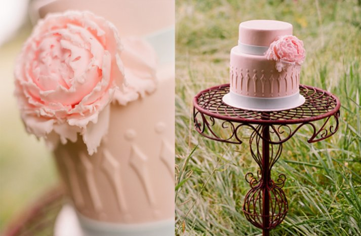 Pink-wedding-cakes-romantic