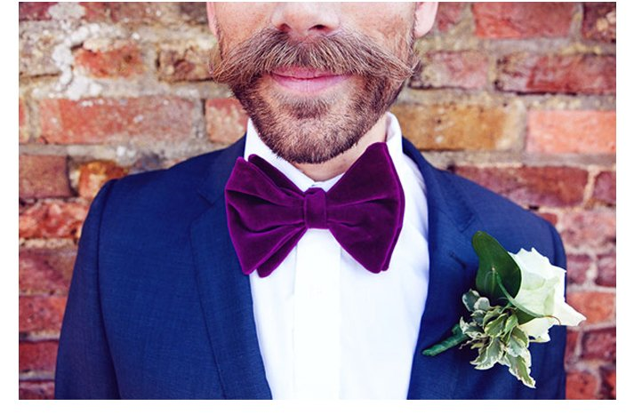 Grooms-wearing-bow-ties-solas-photography