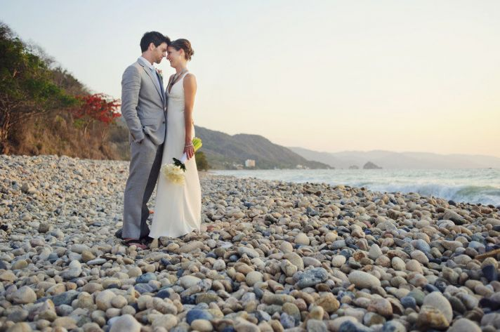 bride groom beach wedding photo