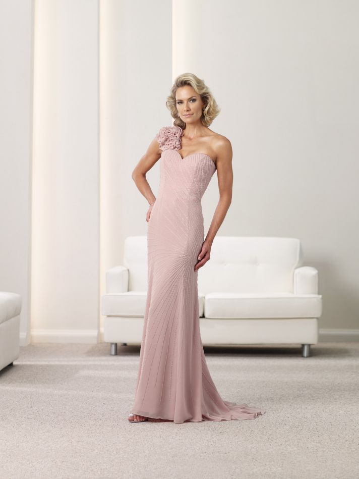 The Mother of Bride Chic