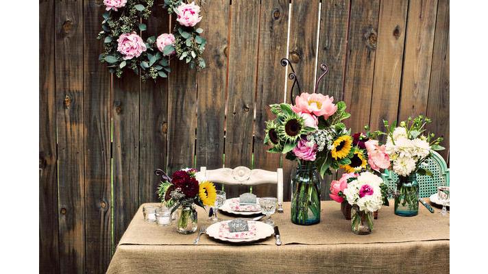 rustic chic wedding ideas burlap decor details reception table