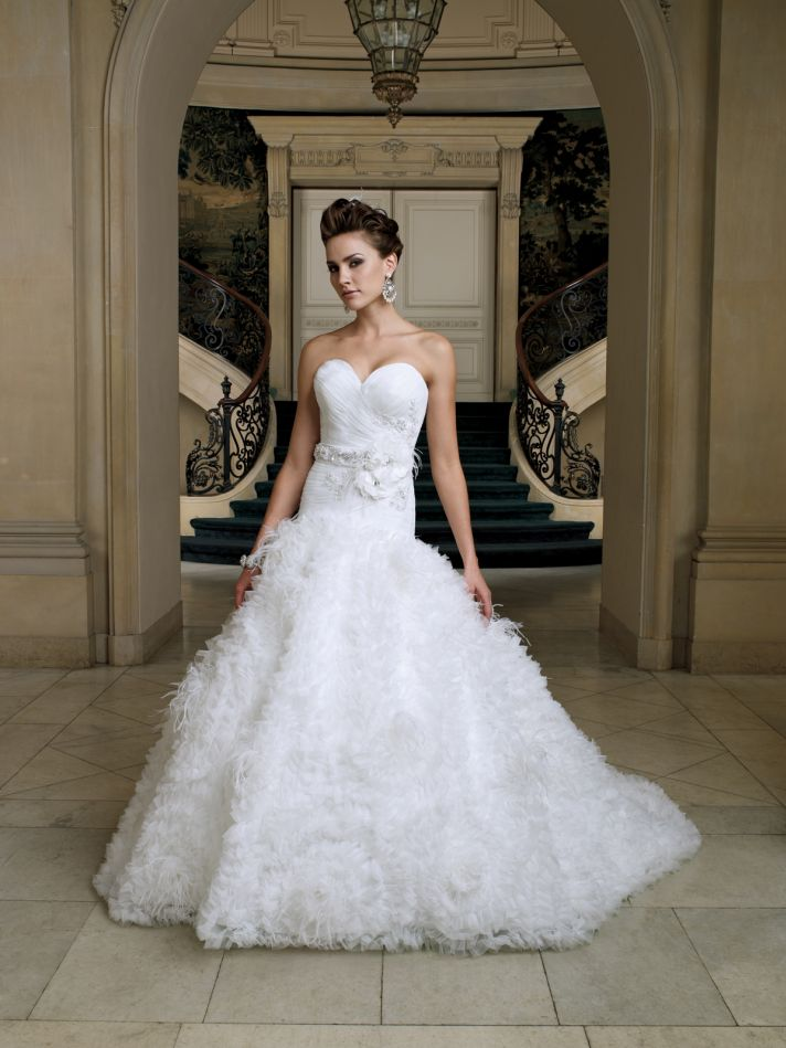 Mon cheri destination wedding dress