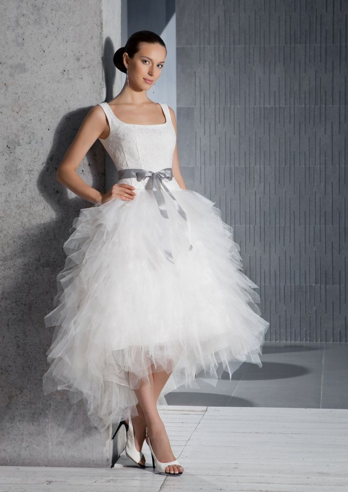 spring 2012 romantic wedding dress tea length tulle structured bodice with