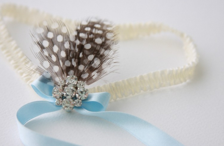 something blue bridal garter with feathers