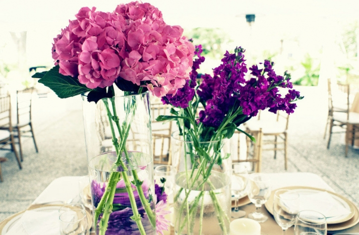 bright pink purple wedding flowers