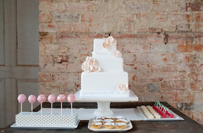 pretty romantic wedding cakes 6
