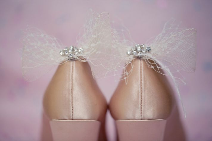 tulle bow bridal shoe clips