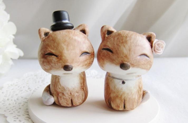 cute wedding cake toppers handmade wedding finds from Etsy 2