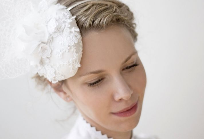 mini wedding hat with lace applique