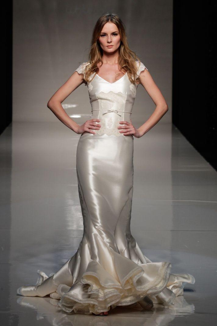 2013 wedding dress Victorio and Lucchino Novias Raimon Bundo bridal gowns 2