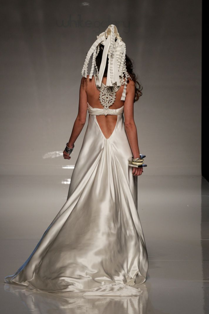 2013 bridal gowns from London wedding dress by Victoria Kyriakides 4