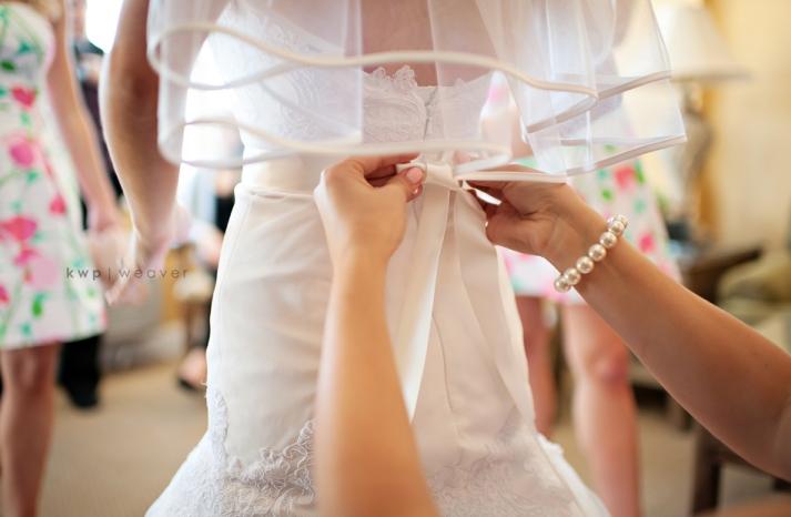 elegant southern wedding summer 2012 wedding dress getting ready