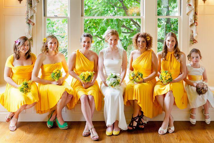 Одинаковые или разные платья для подружек невесты?
