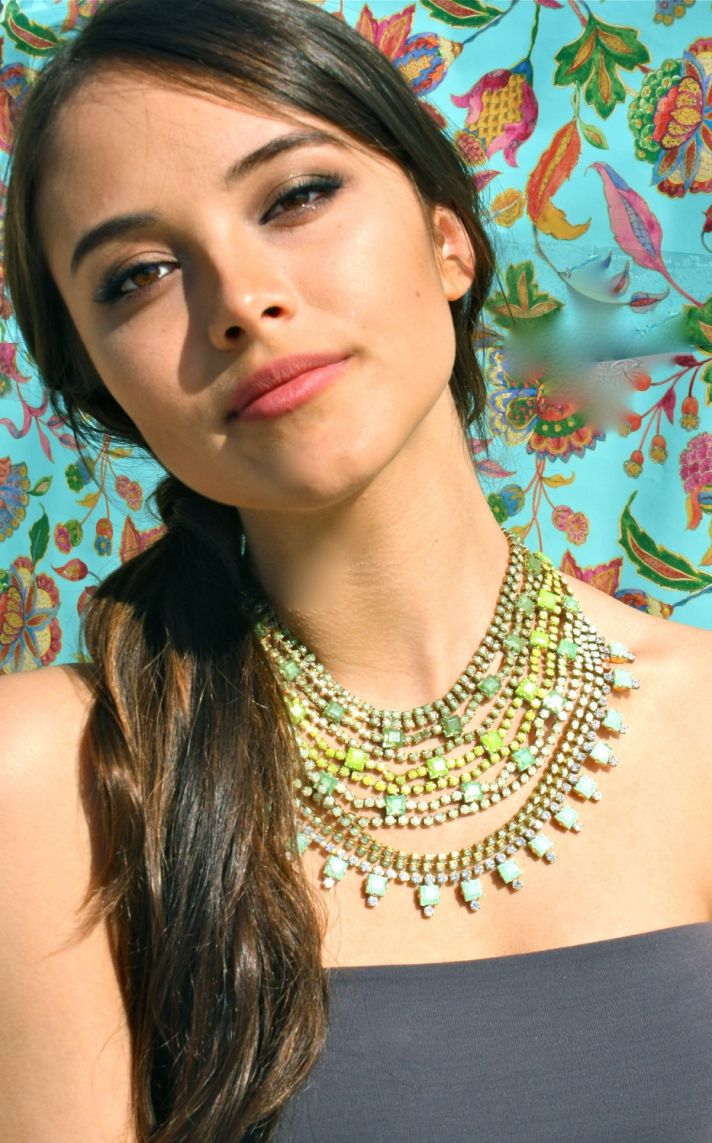 bridesmaid gift ideas bright statement necklace green yellow ombre