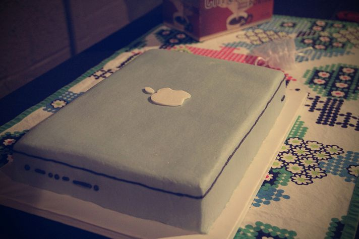 awesome grooms cake Mac Book Pro