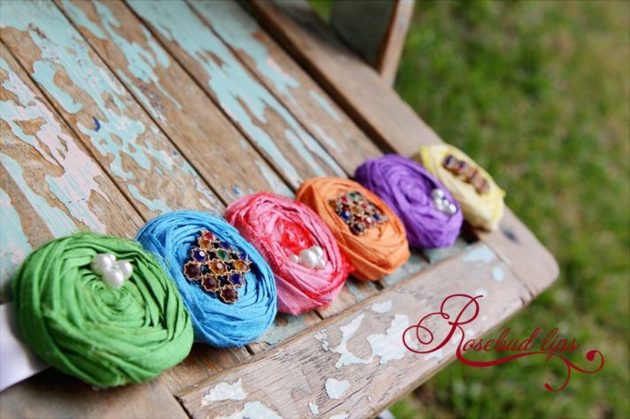 colorful bridal belt to wear with a simple wedding dress