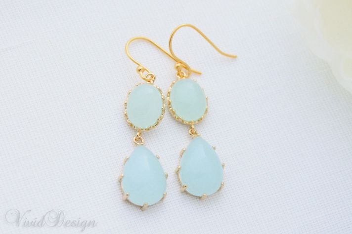 something blue wedding inspiration bridal style spotting drop earrings