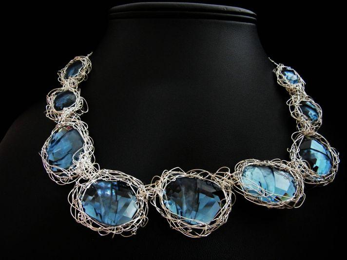 something blue wedding inspiration bridal style spotting statement necklace