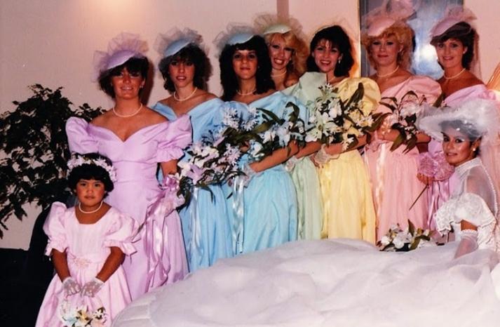 bad bridesmaid style ugly bridal party photos wedding fun pastels