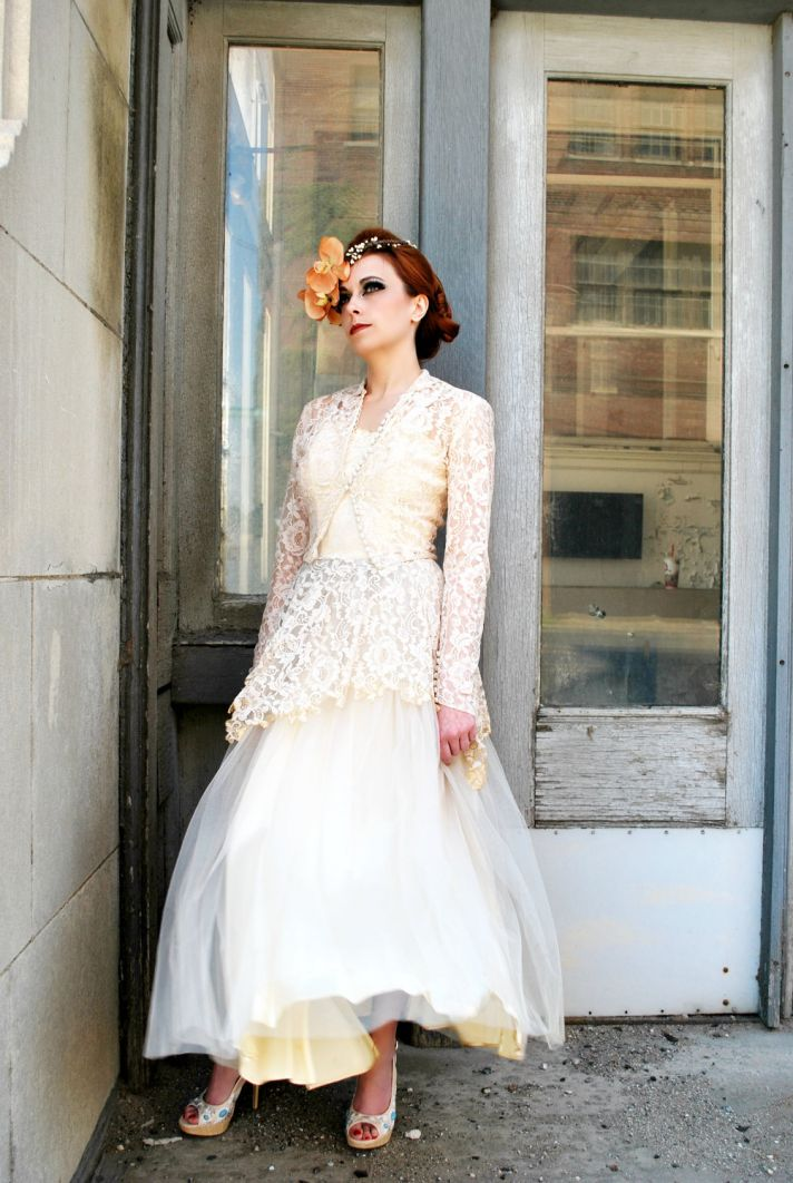 vintage wedding dress bridal gown inspiration from Etsy 1920s ivory beige