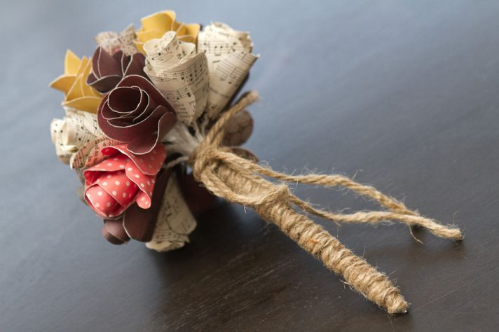 music themed wedding accessories ceremony reception decor rustic bouquet